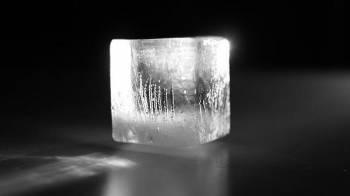 Freezing particles