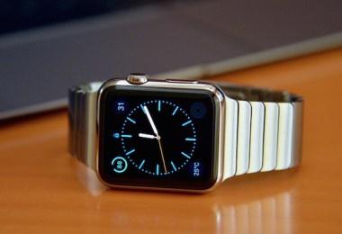wearable Apple