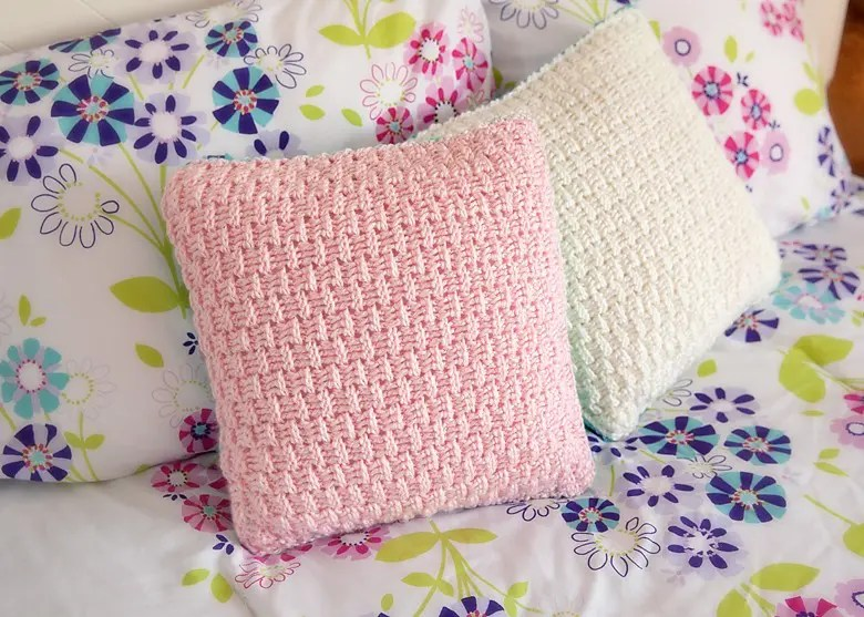 Free Pillow Cover Crochet Pattern & Free Pillow Cover Crochet Pattern - Leelee KnitsLeelee Knits pillowsntoast.com