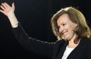 Valerie Trierweiler et François Hollande contact permanent