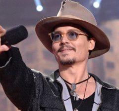 Johnny Depp en prend pour son grade
