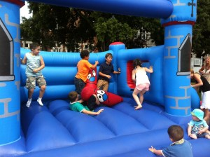 SimplyTheBestEvents.co_.uk-Bouncy-Castle