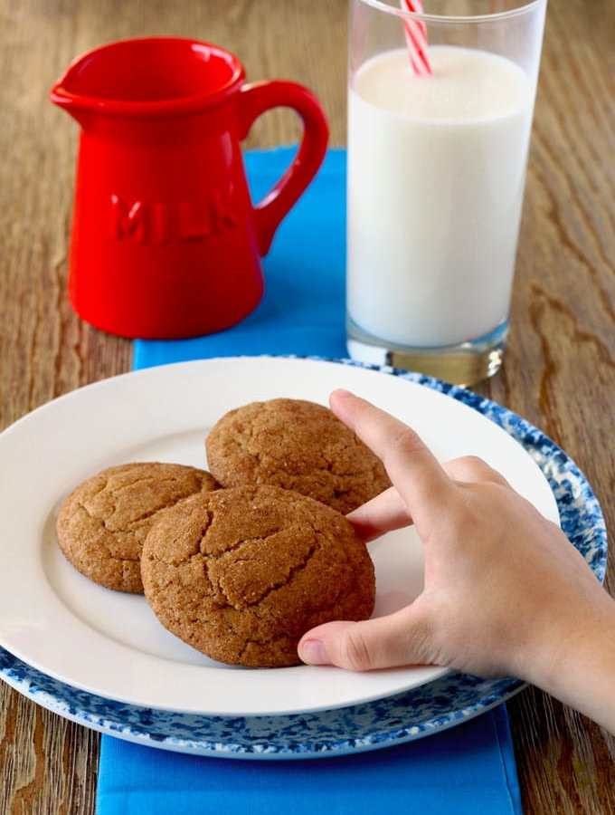 This is an old fashioned recipe for the delicious American classic cookie, Snickerdoodle! Full of cinnamon flavor and delicious!