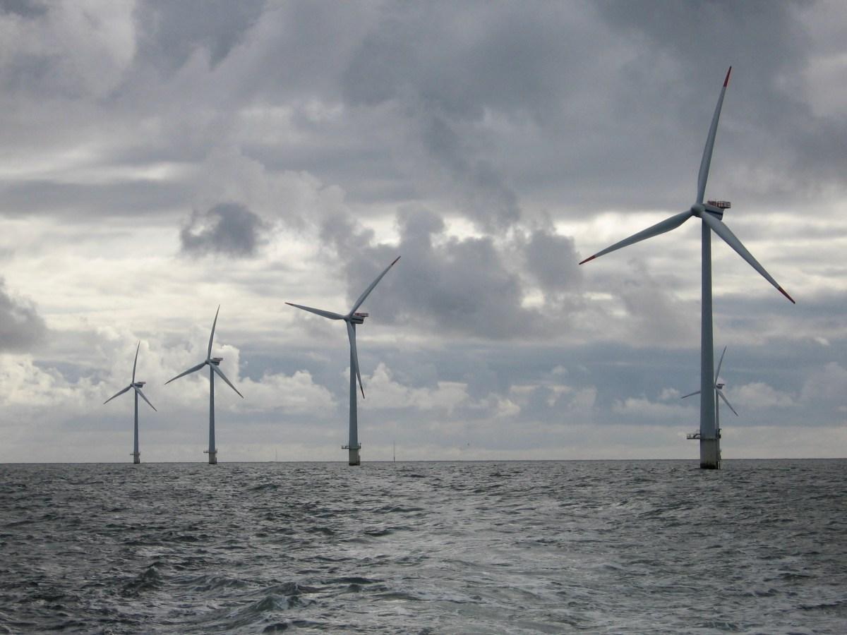 La plus grande ferme éolienne offshore du monde inaugurée en Grande-Bretagne