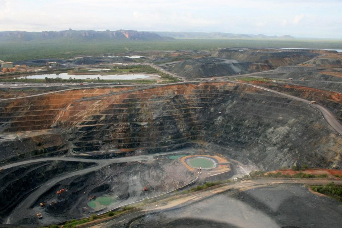 mine_uranium_photoDrSnafu