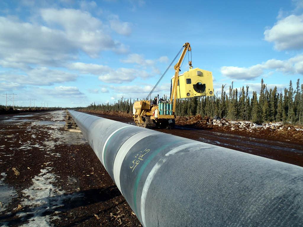 Un oléoduc reliant les côtes Est et Ouest canadiennes