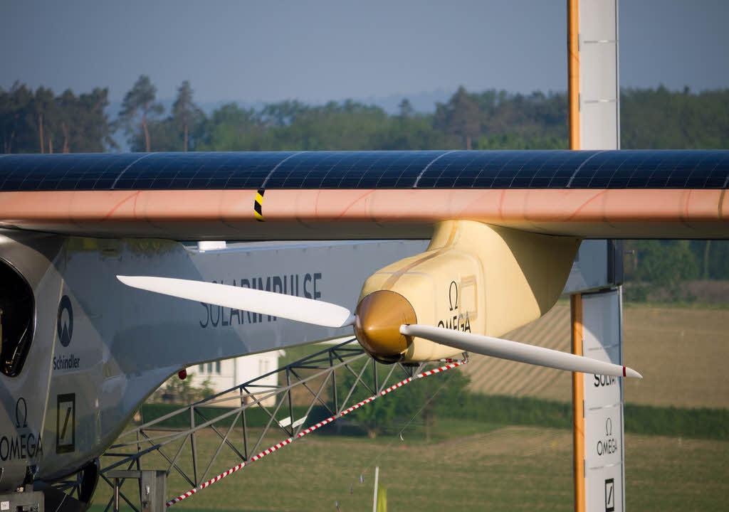 Solar Impulse 2 a battu le record du monde du vol en solitaire !