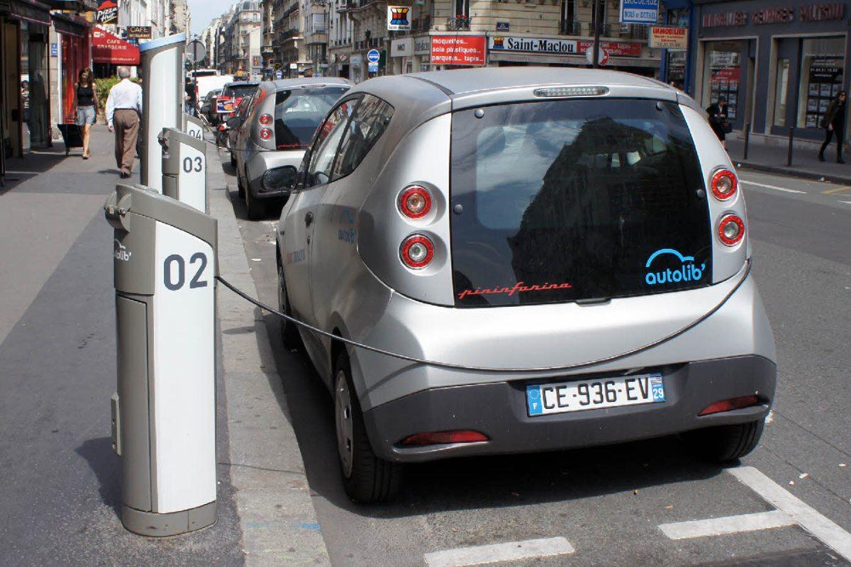 France : les ventes de voitures électriques progressent en 2013
