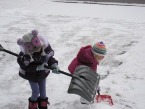 girls shoveling 2011