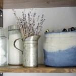 DIY Dip Dye Cloth Baskets: Bathroom Organization!