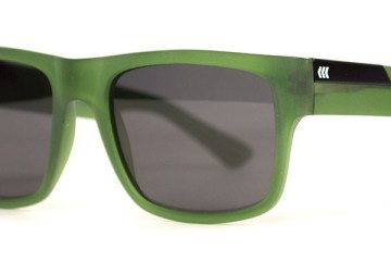 Stockholm-Cassette-Handmade-Acetate-Sunglasses-Matte-Olive-Smoke-Polarized-Angle1