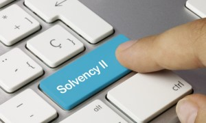Beschwerde Management Tastatur Finger