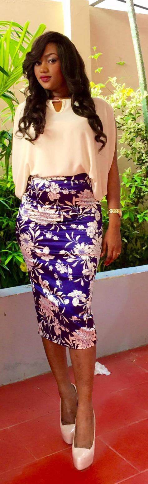 La belle et charmante Kya Aïdara de la TFM en quelques clichés!!