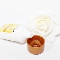 lait pour le corps fleur d'or et acacia l'occitane