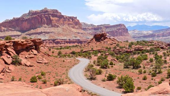 Capitol reef road panorama