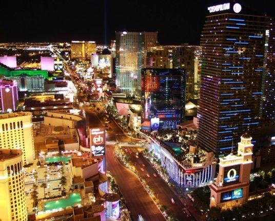 vue Strip Las Vegas Eiffel Tower