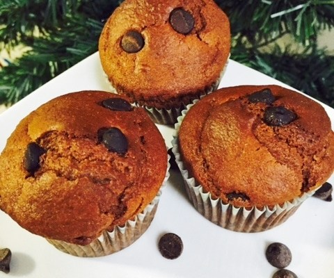 WHOLE WHEAT CHOCOLATE CUPCAKE WITH CHOCOLATE CHIPS (Eggless)