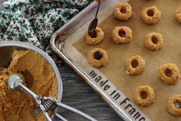 Pepper Jelly Cornmeal Thumbprints