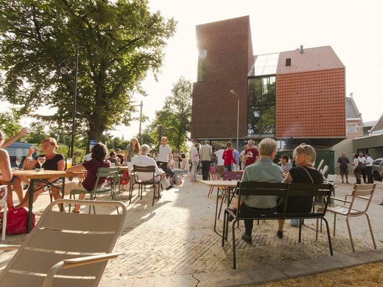 De 10 leukste terrassen van arnhem let us stay for a day - Overdekt terras voor restaurant ...