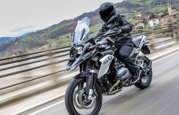 BMW-R-1200-GS-Triple-Black