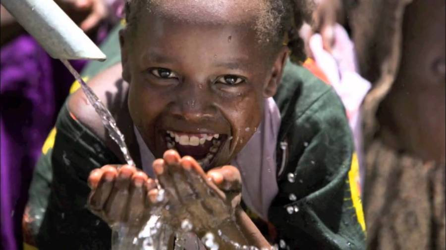 Zambian Children Getting Clean Water For The First Time
