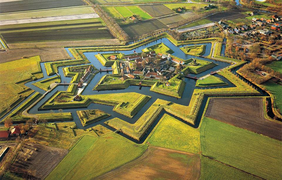 fort-bourtange-in-groningen-netherlands