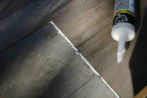 Caulk Quickly Without the Mess