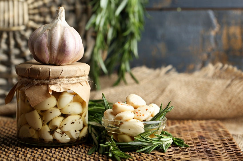 Start Eating Garlic Every Day