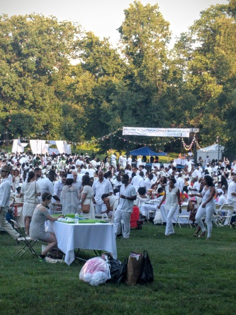 lbw-diner-en-blanc-group
