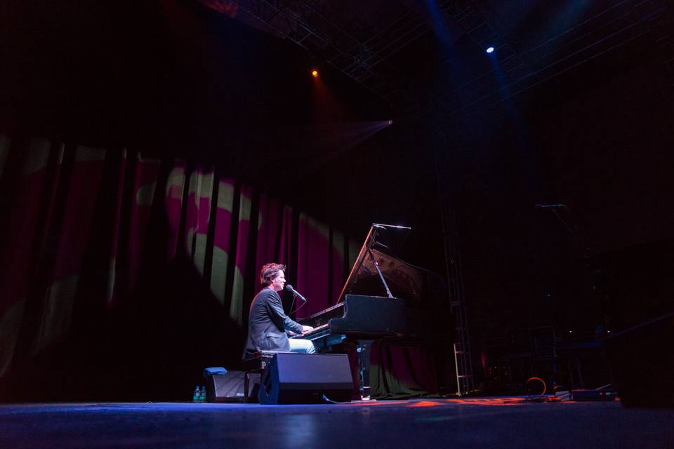 Rufus Wainwright se presentó la noche del martes 7 de mayo en el Auditorio Blackberry / Foto: Diego Figueroa
