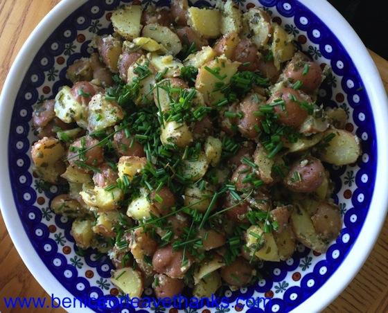 Vinaigrette-Potato-Salad-with-Chives-1024x826