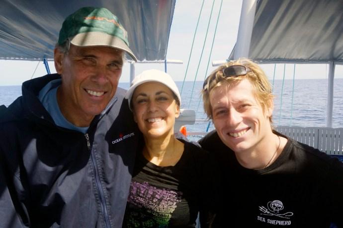 Howard and Michelle Hall with Liko from Life&Dive