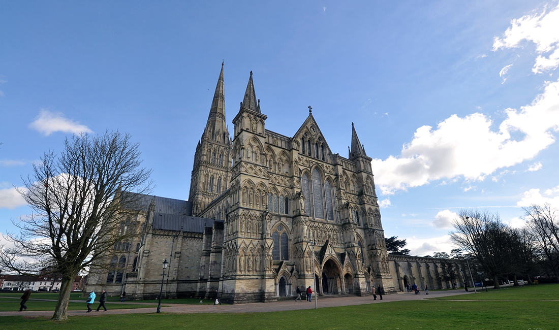 Salisbury Cathedral front exterior