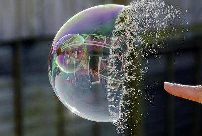 Bubble bursting — Image from https://seekingalpha.com