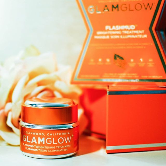 My review of the glamglowmud Flashmud Brightening Treatment is onhellip