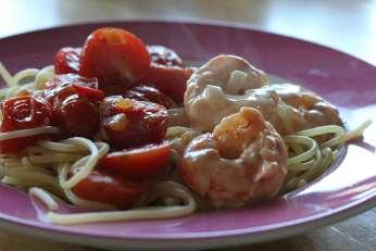 Spaghetti-mit-karamellisierten-Tomaten-garnelen
