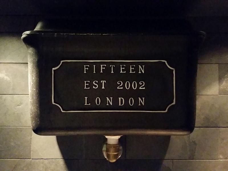 Comer em Londres - Jamie Oliver's Fifteen - Banheiro
