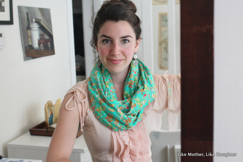 {bits & pieces} and an Infinifeed Nursing Scarf review and giveaway!