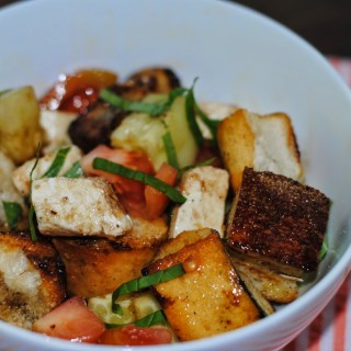 Panzanella Salad with Heirloom Tomatoes!!