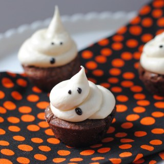 Marshmallow Ghost Brownie Bites
