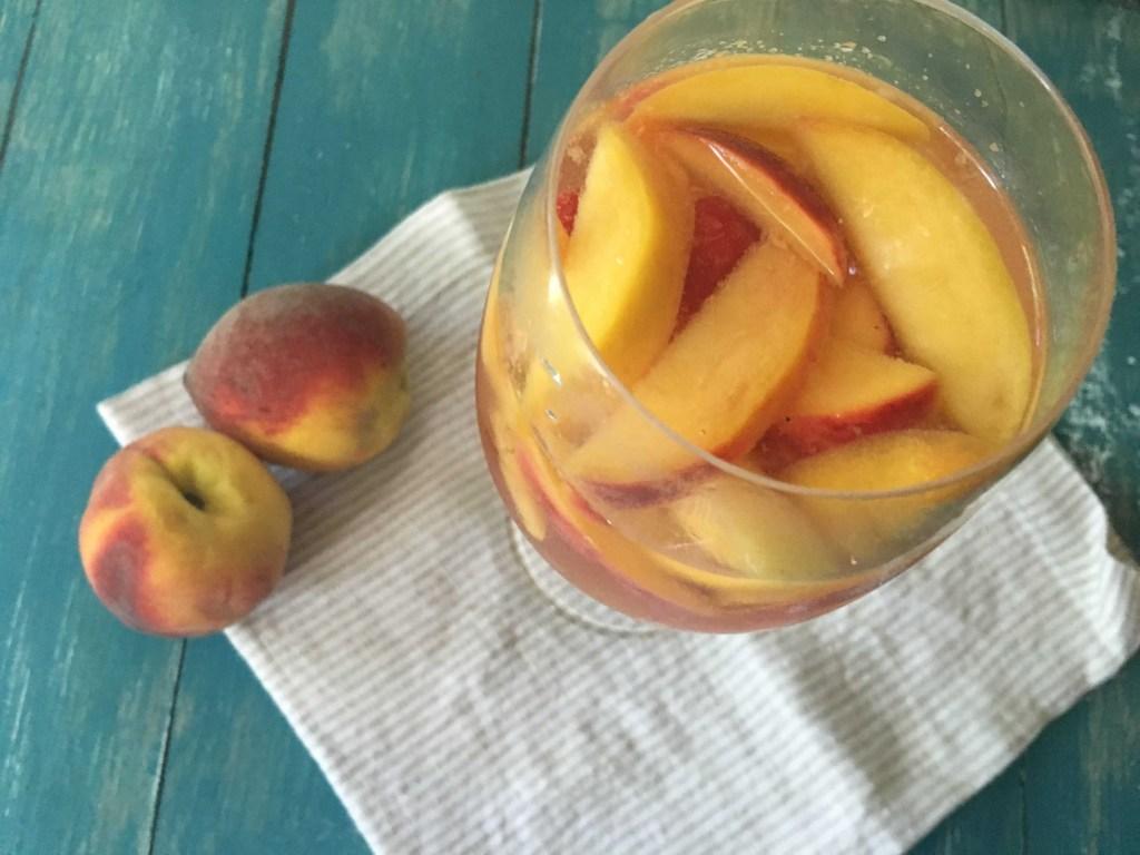 peach raspberry sangria 2