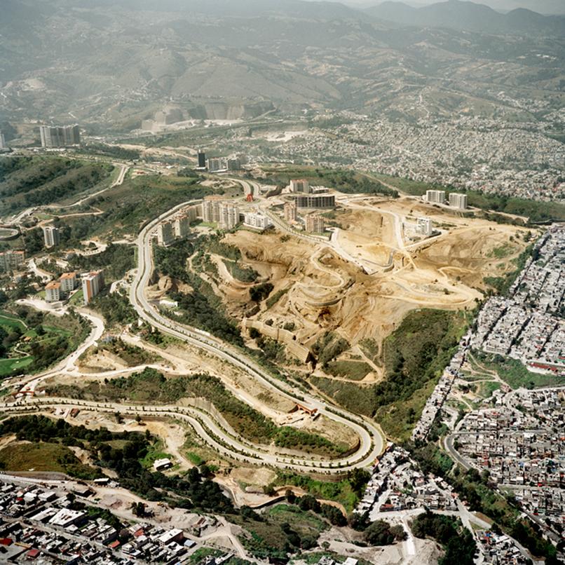 Vista-Aerea-de-la-Ciudad-de-Mexico-V-(buena),-2006