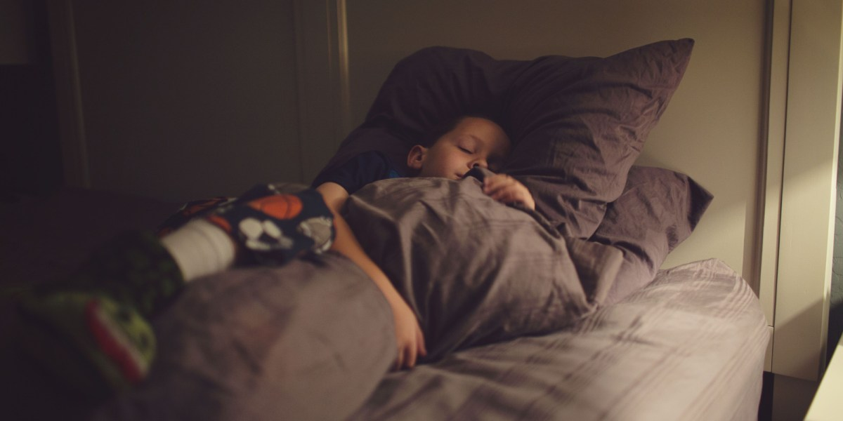 Tips to Help Get Your Kids to Bed When the Sun's Still Out