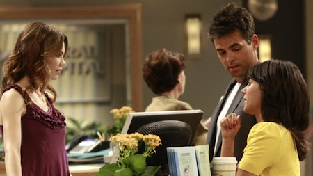 """GENERAL HOSPITAL - Rebecca Herbst (Elizabeth), Jason Thompson (Patrick) and Kimberly McCullough (Robin) in a scene that airs the week of September 7, 2009 on ABC Daytime's """"General Hospital."""" """"General Hospital"""" airs Monday-Friday (3:00 p.m. - 4:00 p.m., ET) on the ABC Television Network. GH09 (ABC/RON TOM) REBECCA HERBST, JASON THOMPSON, KIMBERLY MCCULLOUGH"""