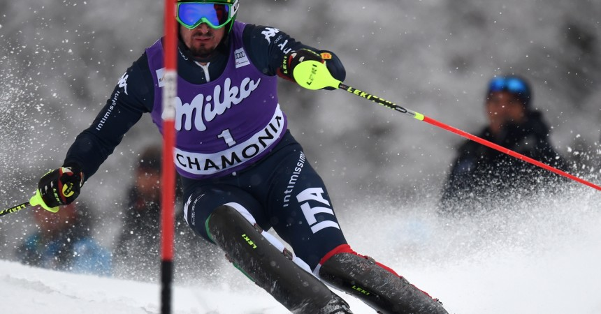 Italy's Dominik Paris competes in the Kandahar FIS World Cup men's alpine combined slalom, on 19 February 2016 in Les Houches, near Chamonix, French Alps.  / AFP / PHILIPPE DESMAZES