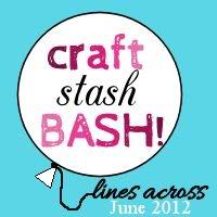 Fabric Scrap Summer Wreath – {Craft Stash Bash #1 – That's What Che Said…}