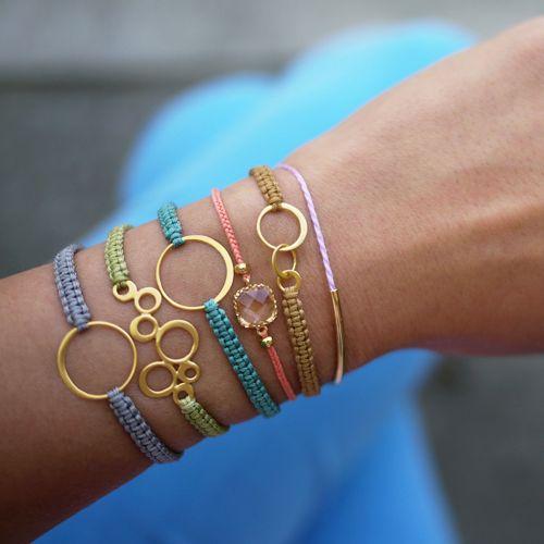 beaded hemp bracelet and 15 tutorials to add beads to