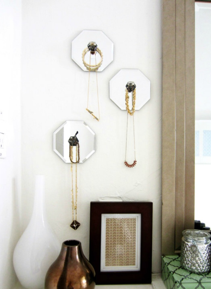 diy-jewelry-hangers-mirror