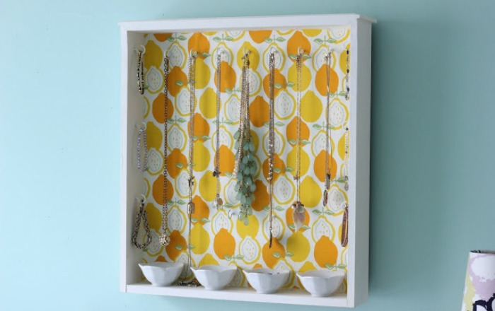 jewelry-organization-shelf-hang-diy-colorful-wall-paper