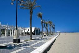 a-life-in-valencia-playa-malvarrosa-11